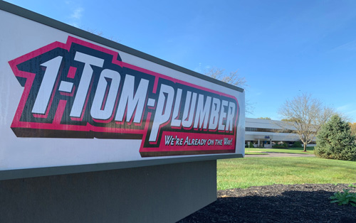 1 Tom Plumber Corporate Sign